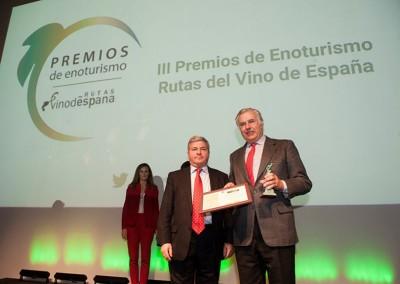 ACEVIN entrega el Premio Mérito a la Accesibilidad  a la Ruta del Vino Rías Baixas en su gala de los Premios de Enoturismo Rutas del Vino de España
