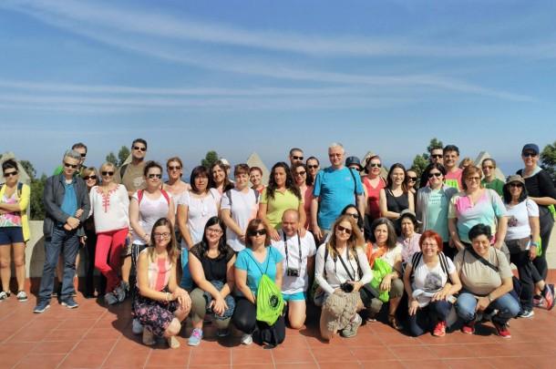Cerca de 50 personas participaron en una jornada de senderismo entre viñedos organizada por la Ruta do Viño Rías Baixas