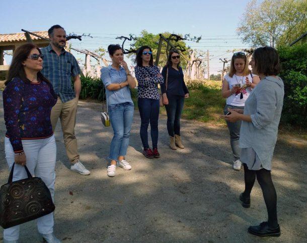La Ruta do Viño Rías Baixas recibió la visita de seis informadores turísticos de Pontevedra, Vigo y A Guarda