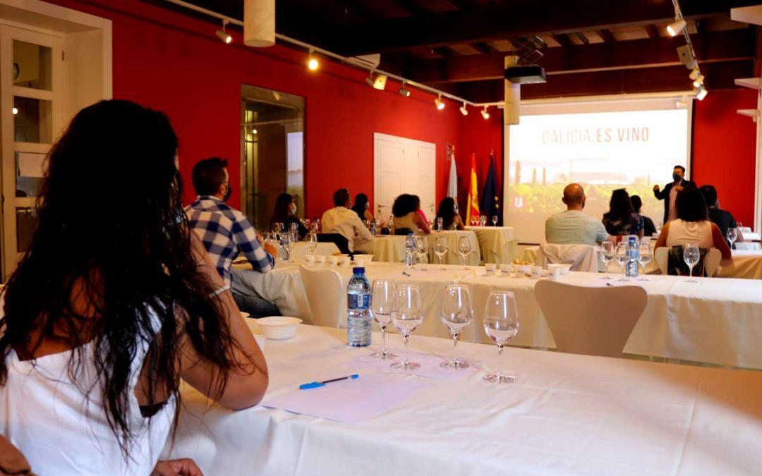 Aforo completo en las dos sesiones de 'Cata de vendimia' de la Ruta do Viño Rías Baixas